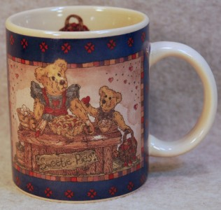 BOYDS BEARS MUG SWEETIE PIE EQUAL PARTS LOVE & LAUGHTER