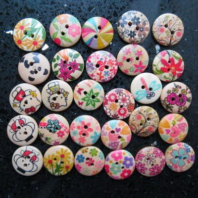 60 pcs 2 Hole 18mm Painting Wood Buttons Sewing Mixed color Cloth 3/4&quot;