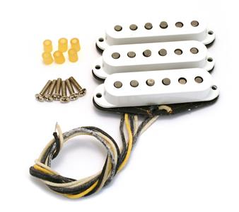 SoltekOnline: Fender® Custom Shop Fat `50s Stratocaster Pickup Set on