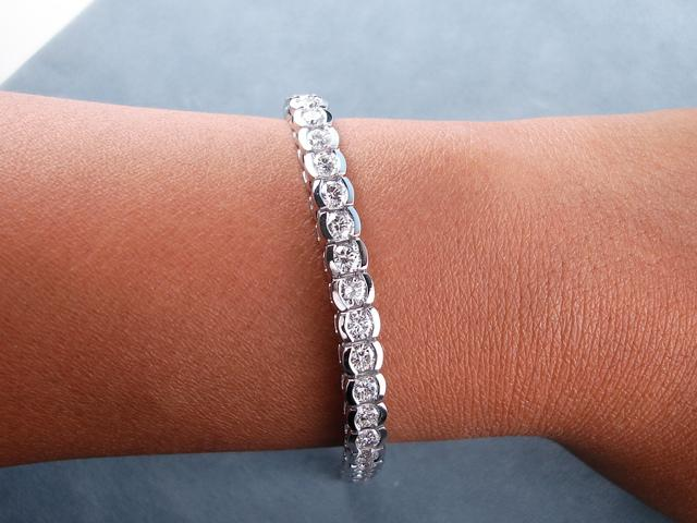 10 00 Ct Tw Round Cut Diamond Tennis Bracelet G Vs2 Si1