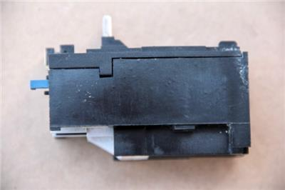 AGUT R1L07 OVERLOAD RELAY  #S1004