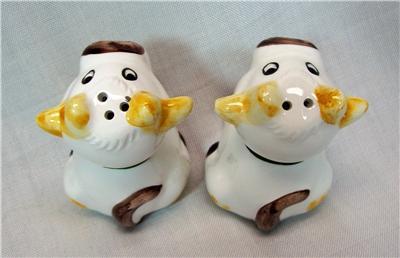Vintage Ceramic Sitting Cows Salt Amp Pepper Shakers Cow Set