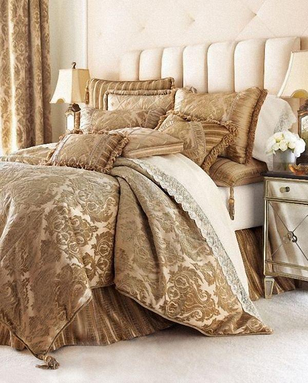 "Brocade fabric cream x metallic gold color 44"""