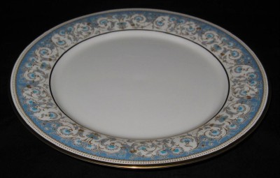 Here is a dinner plate from Noritake in the MOONLIGHT 7119 pattern. It features an ivory background with blue and gold florals ... & Noritake MOONLIGHT 7119 Dinner Plate   eBay