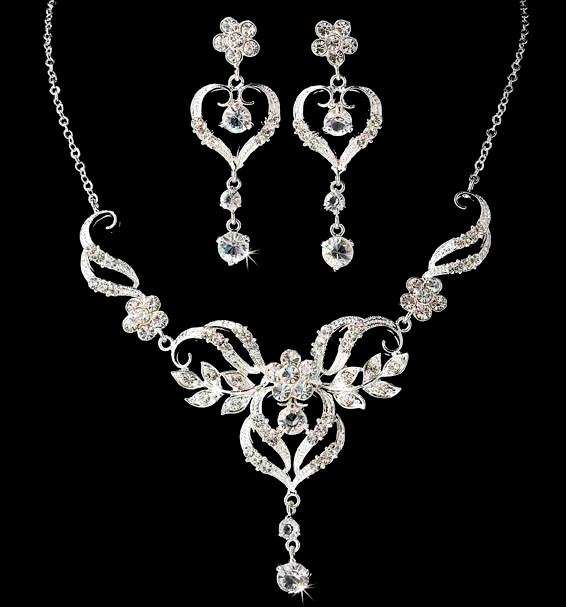 Beautiful Wedding Necklace