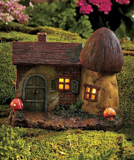 Gnome Garden: Solar Lighted Fairy Garden & Gnome Home Houses Mushroom