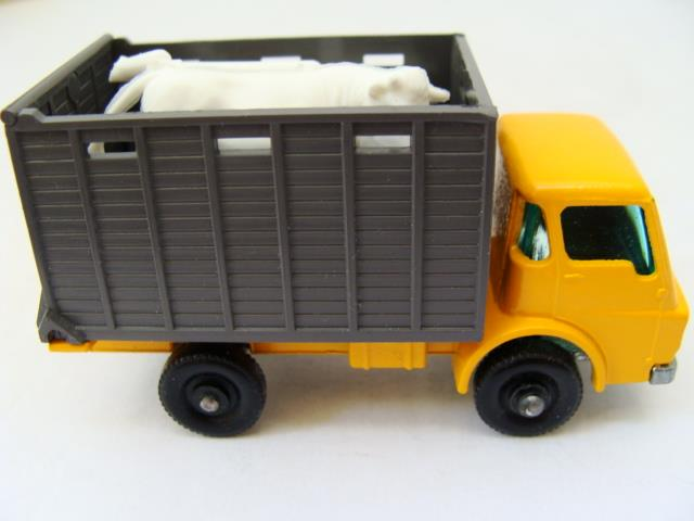 Repro box MATCHBOX 1:75 Nº 37 cattle truck