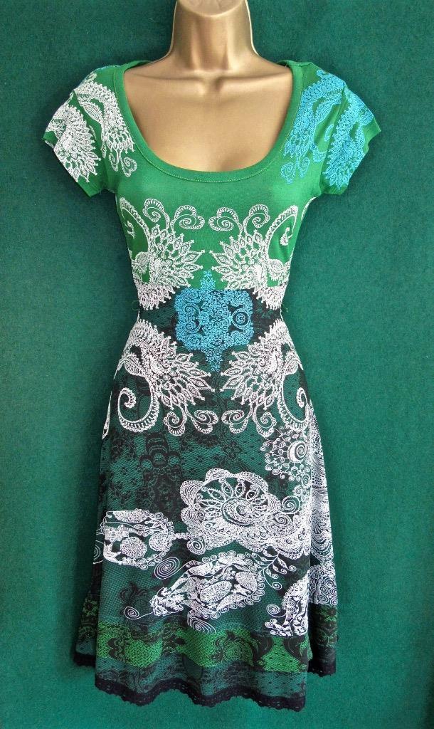 New DESIGUAL Green White GALIN Fit Flare Stretch Jersey Summer DRESS ... 5b4f7f1ab16c