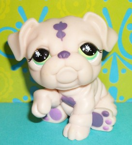 littlest pet shop bulldog littlest pet shop no super rare pale pink purple bulldog 4482