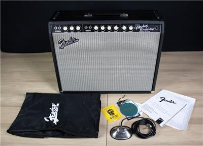 fender custom vibrolux reverb combo electric guitar amplifier with amp cover ebay. Black Bedroom Furniture Sets. Home Design Ideas