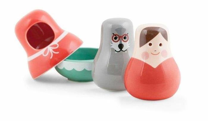 Kikkerland Little Red Riding Hood Porcelain Nesting Salt Pepper