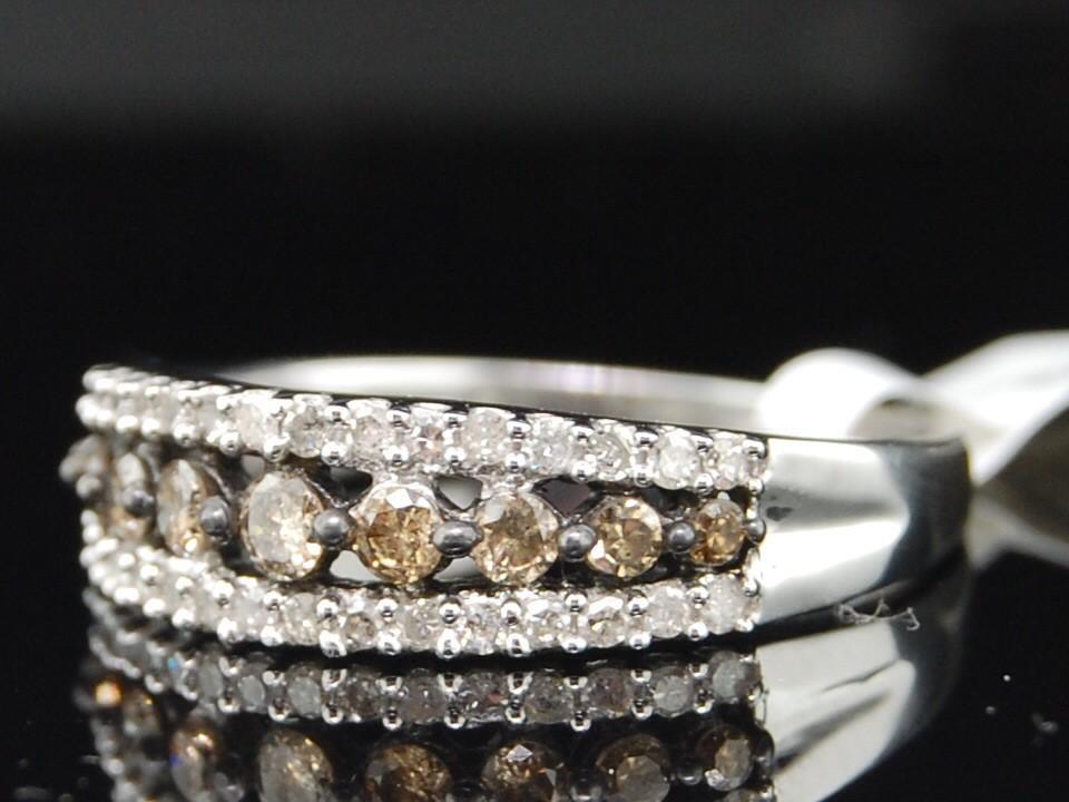 Ladies 10k White Gold Brown Champagne Diamond Wedding Band