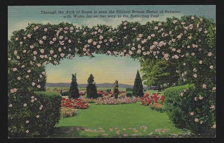 ARCH OF ROSES AND BRONZE STATUE OF REBECCA, HERSHEY, PENNSYLVANIA, Postcard