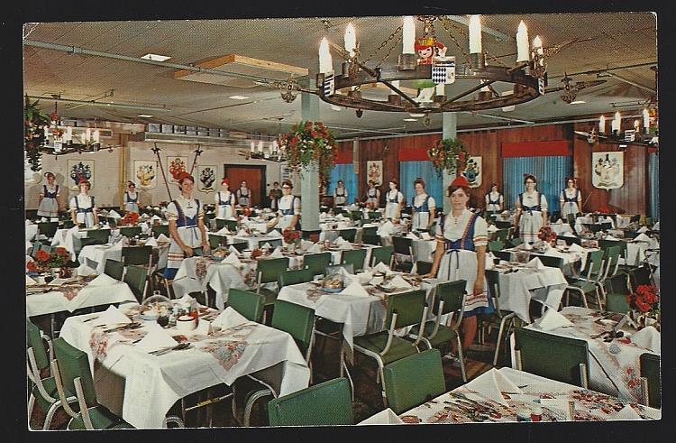 FRANKENMUTH BAVARIAN INN, FAMILY CREST ROOM, FRANKENMUTH, MICHIGAN, Postcard