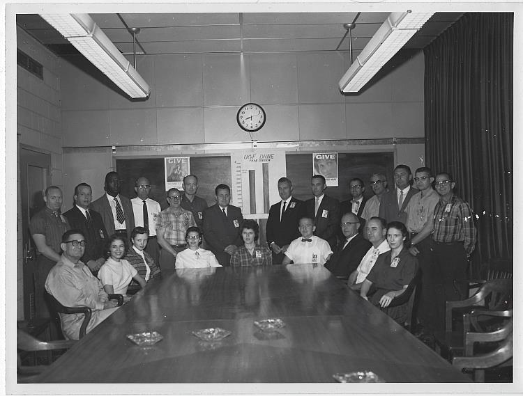 ORIGINAL PHOTOGRAPH OF LARGE GROUP OF WORKERS, MARSHALL SPACE FLIGHT CENTER, Photograph