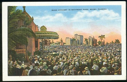 BAND CONCERT IN BAYFRONT PARK, MIAMI, FLORIDA, Postcard
