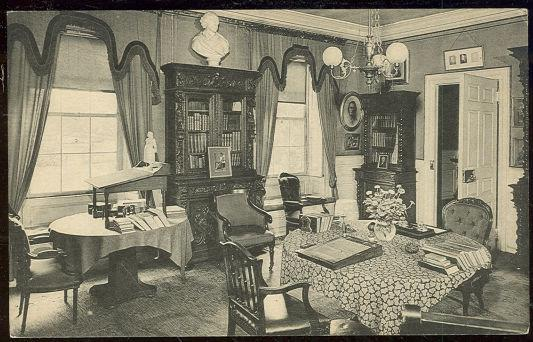 LONGFELLOW'S STUDY, CAMBRIDGE, MASSACHUSETTS, Postcard
