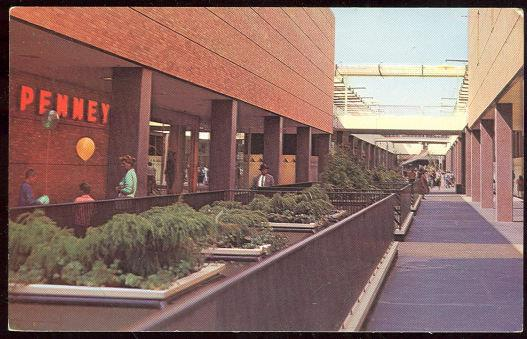LLOYD CENTER SHOPPING MALL, PORTLAND, OREGON, Postcard