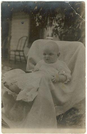 BABY IN CHRISTIANING GOWN PHOTO POSTCARD, Postcard