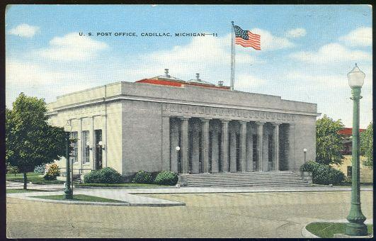 POST OFFICE CADILLAC, MICHIGAN, Postcard