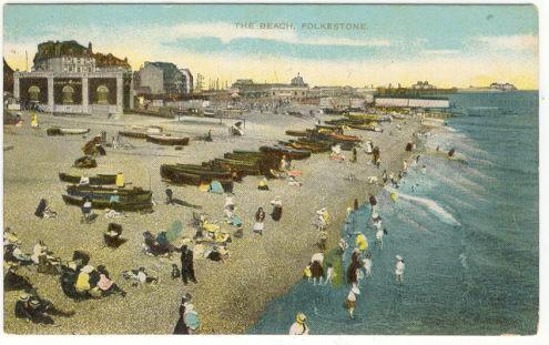 BEACH AT FOLKESTONE, KENT, ENGLAND, Postcard