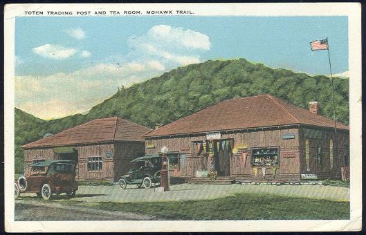 TOTEM TRADING POST TEA ROOM, MOHAWK TRAIL, Postcard