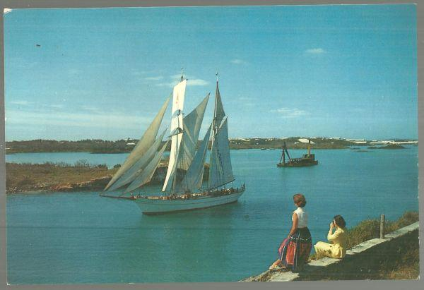 LARGE POSTCARD OF BRIGATINE YANKEE LEAVING ST. GEORGE'S HARBOR, BERMUDA, Postcard