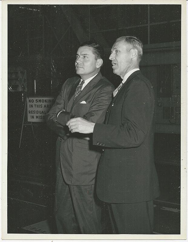 ORIGINAL PHOTOGRAPH OF TWO MEN, MARSHALL SPACE FLIGHT CENTER, Photograph