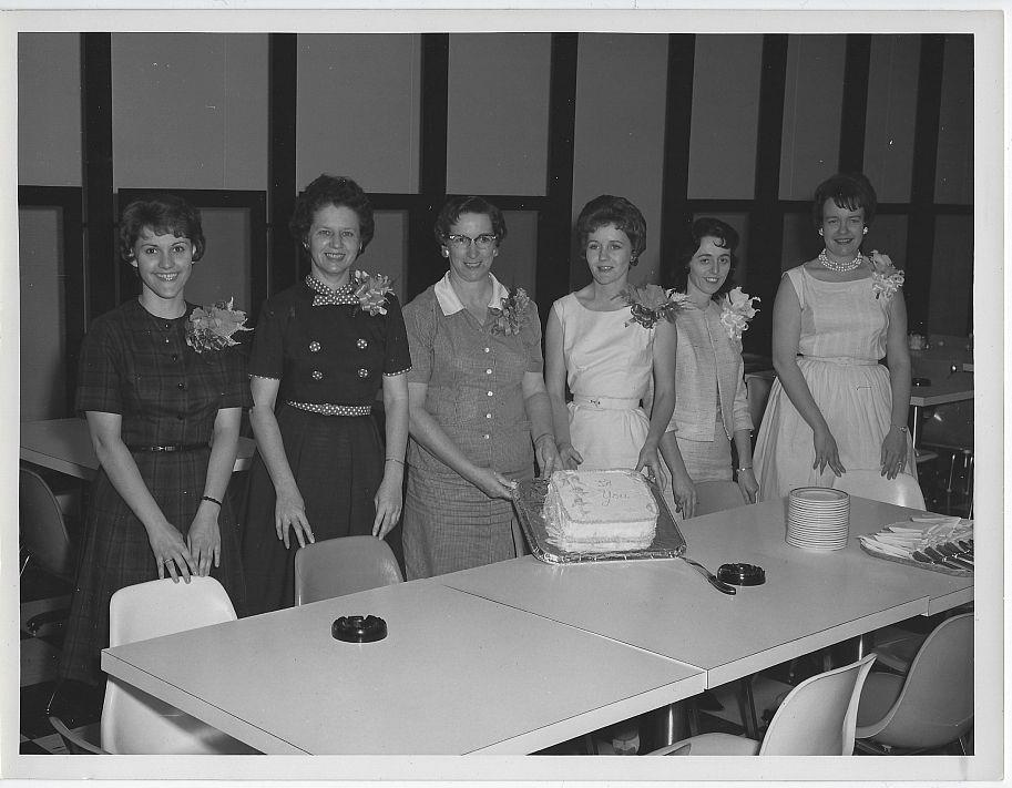 ORIGINAL PHOTOGRAPH OF LOVELY LADIES PRESENTING A CAKE, MARSHALL SPACE FLIGHT CENTER, Photograph