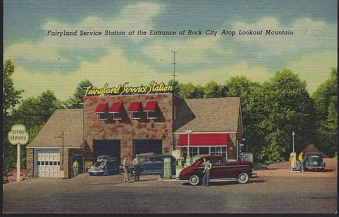 FAIRYLAND SERVICE STATION AT THE ENTRANCE OF ROCK CITY, LOOKOUT MOUNTAIN, CHATTANOOGA, TENNESSEE, Postcard