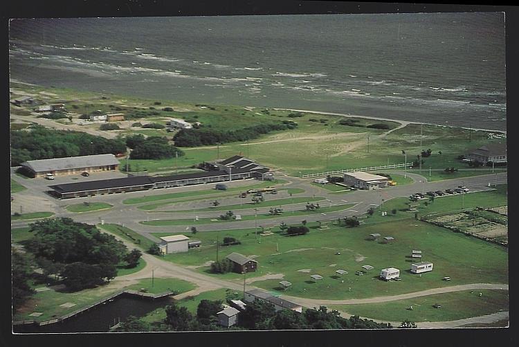 DRIFTWOOD MOTEL AND RESTAURANT, CEDAR ISLAND, NORTH CAROLINA, Postcard