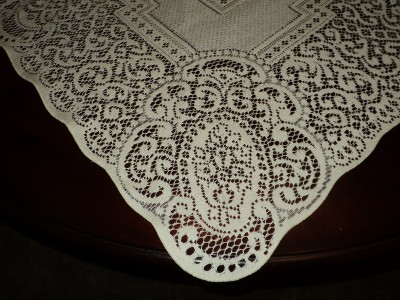 Crafts Made From Lace Table Cloths