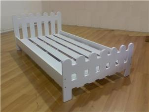 Picket Fence White Platform Bed Frame Twin Or Full Size Ebay