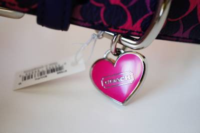 New Coach Navy Blue Pink Leather Dog Collar Heart Charm