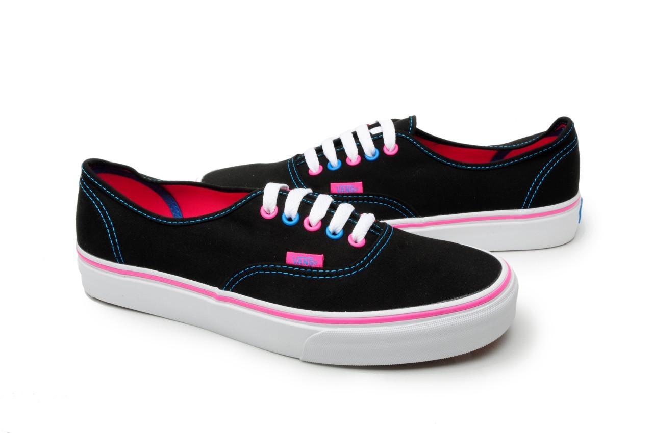 48eac17c859f54 Image is loading Vans-Shoes-Authentic-VN-0KUM17T-Black-Pink-Blue
