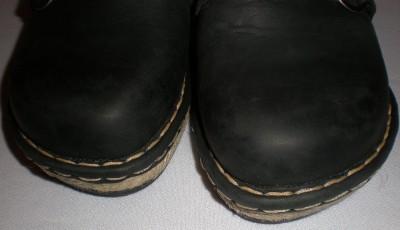 e8d4ddf59862 Born Leather Shoes on Women Born Black Leather Shoe Wedge Mules Clogs Slide  Us Sz 10