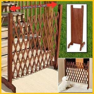 NEW EXPANDABLE WOODEN FENCE BABY CHILD PET DOG SAFETY GATE