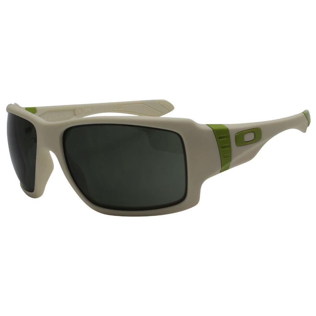 dc6d69ce775 Oakley OO 9173-07 BIG TACO Matte Bone Dark Grey Mens Sunglasses ...