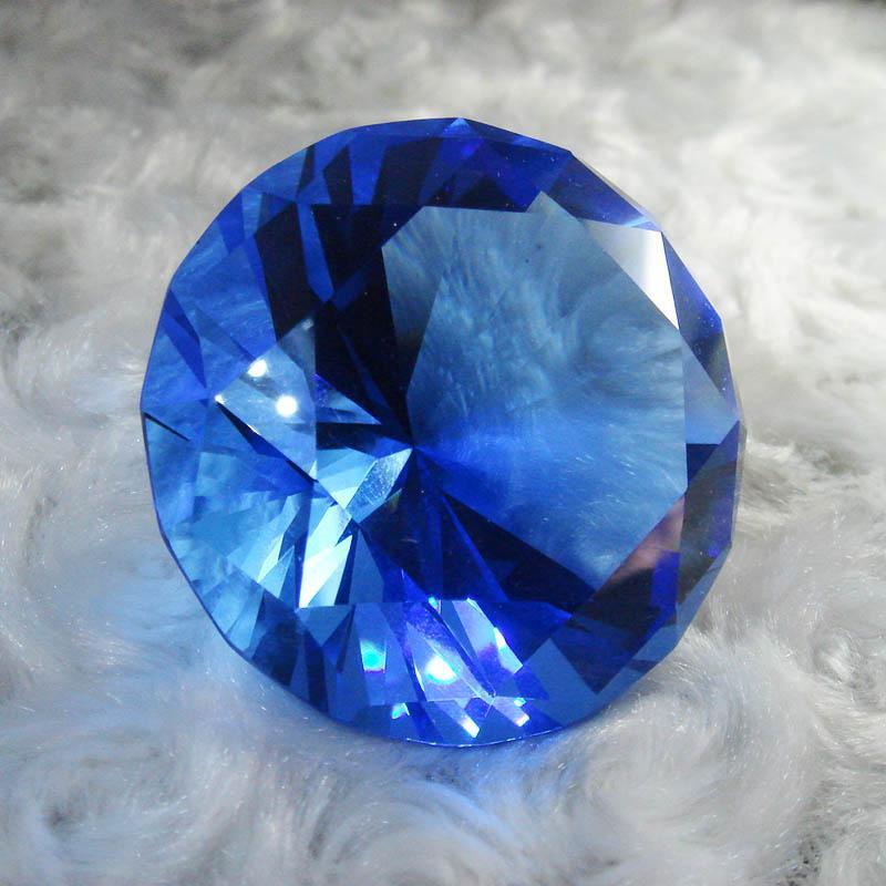 Brilliant Cut Diamond Shape Crystal Glass Paperweight Gem Display