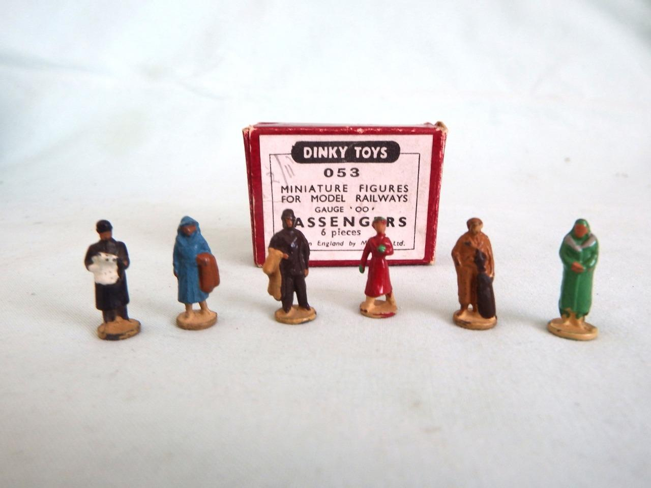 Intellective Hornby Dublo Dinky Toy 053 Railway Passengers - Very Good Condtn In Original Box