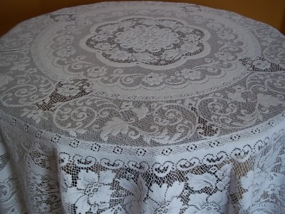 White Lace 70 Inch Round C581 Table Cloth Topper Chatham