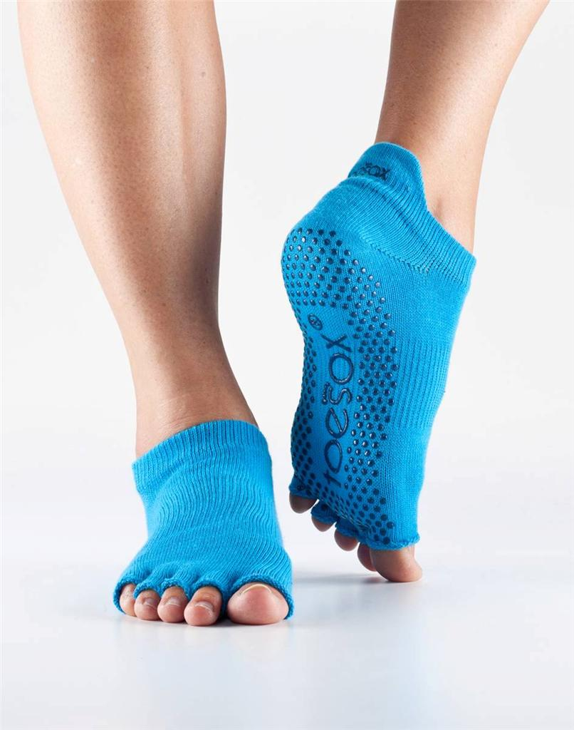 Toesox Half Toe: TOESOX Toe Sox Yoga Pilates Sock Low Rise Anklet W Grips