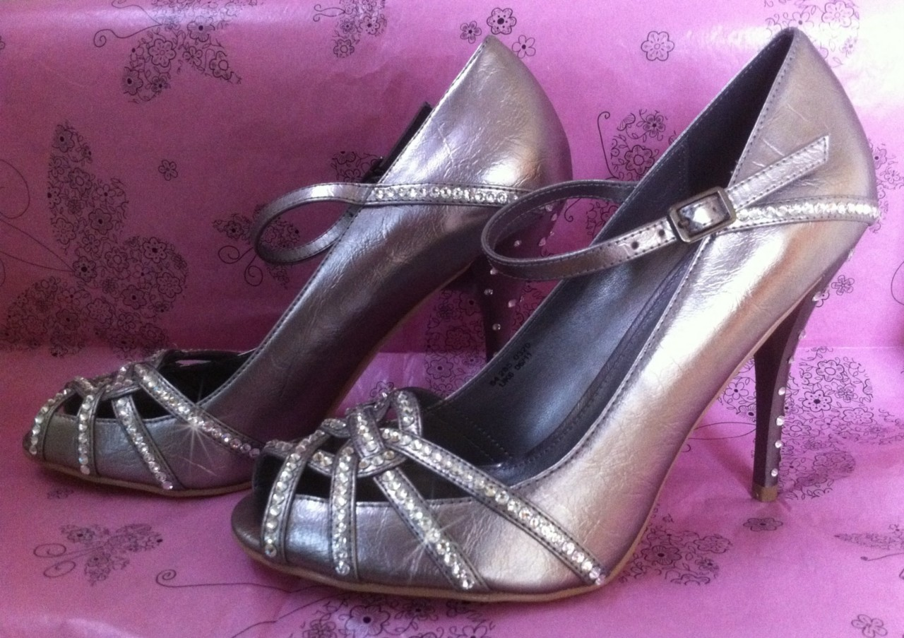 aff92dfc27c Silver sparkle crystal peep toe wedding bridal shoes with jpg 1280x903  Silver crystal shoes