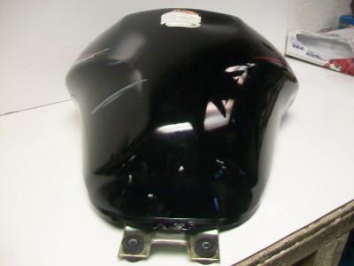 08 Suzuki GSXf 650 Fuel Gas Tank W/ broken Cap