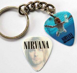 Nirvana Kurt Cobain Keyring Free Matching Guitar Pick