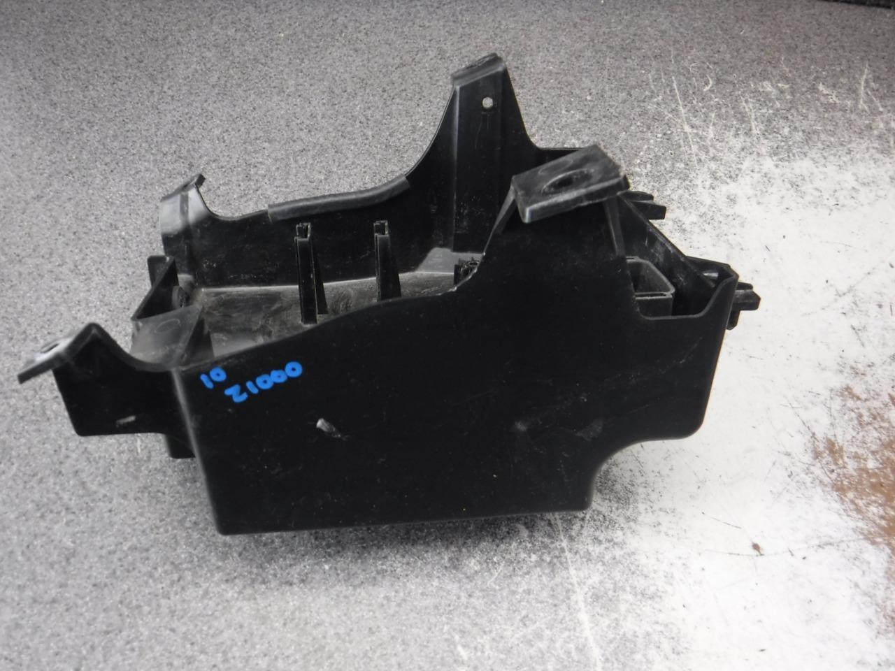 10 Kawasaki Zr1000 Z1000 Battery Box Electrical Caddy 280