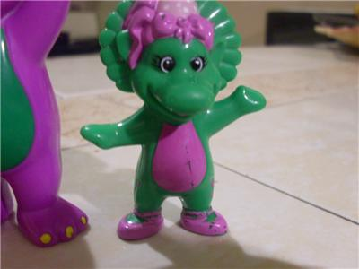 Lot Cake PVC Figure Barney BJ and Baby Bop WOW on PopScreen
