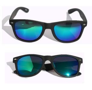 57dcc04ad7 Black green mirror lens wayfarer sunglasses soft matte rubberized 80 s  vintage