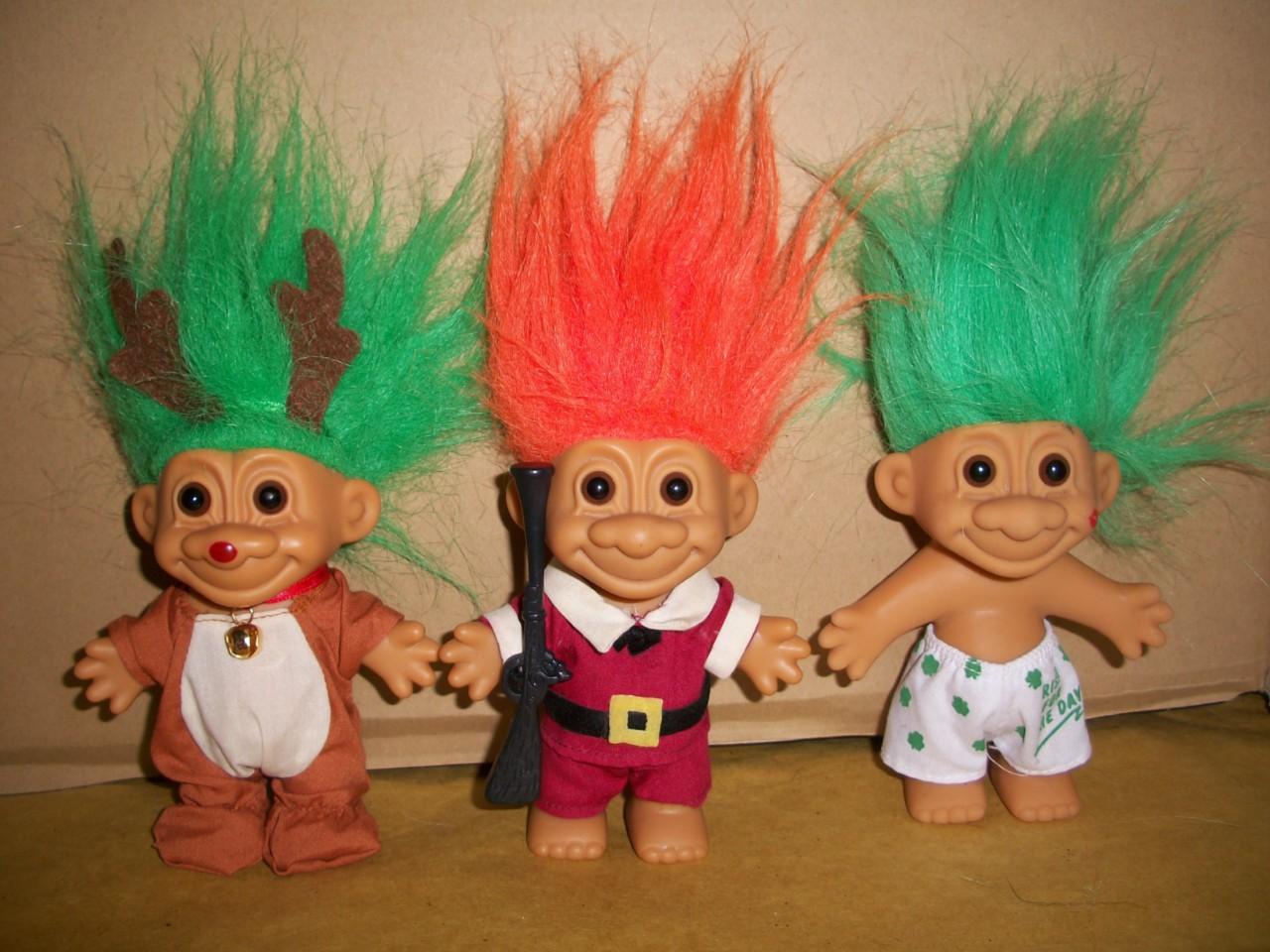 Collectible Russ Berrie And Company Inc Lot Of Three 3 Pilgrim Reindeer Irishman Troll Dolls