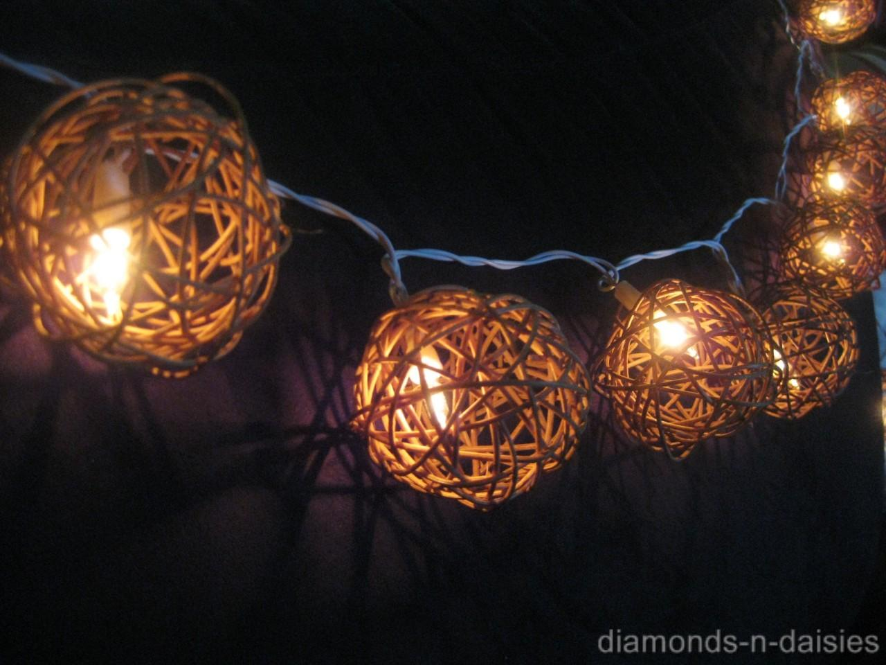 20 Natural Brown Wicker Rattan Ball Battery Operated Led